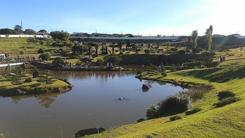 Conheca o Parque do Japao em Maringa